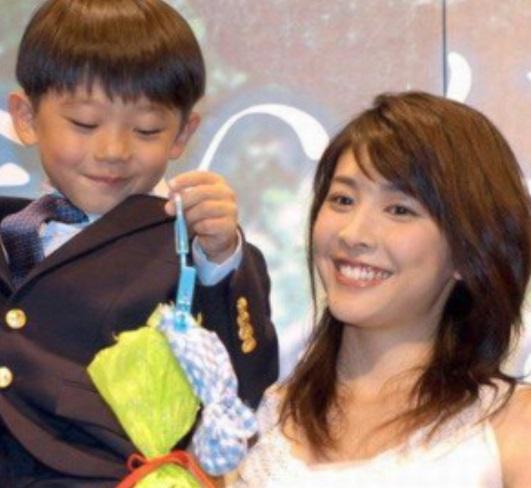 竹内結子の子供・太郎が中学受験合格!歌舞伎役者にならなっか理由は ...